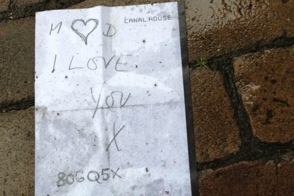 Liefdesbrief op straat